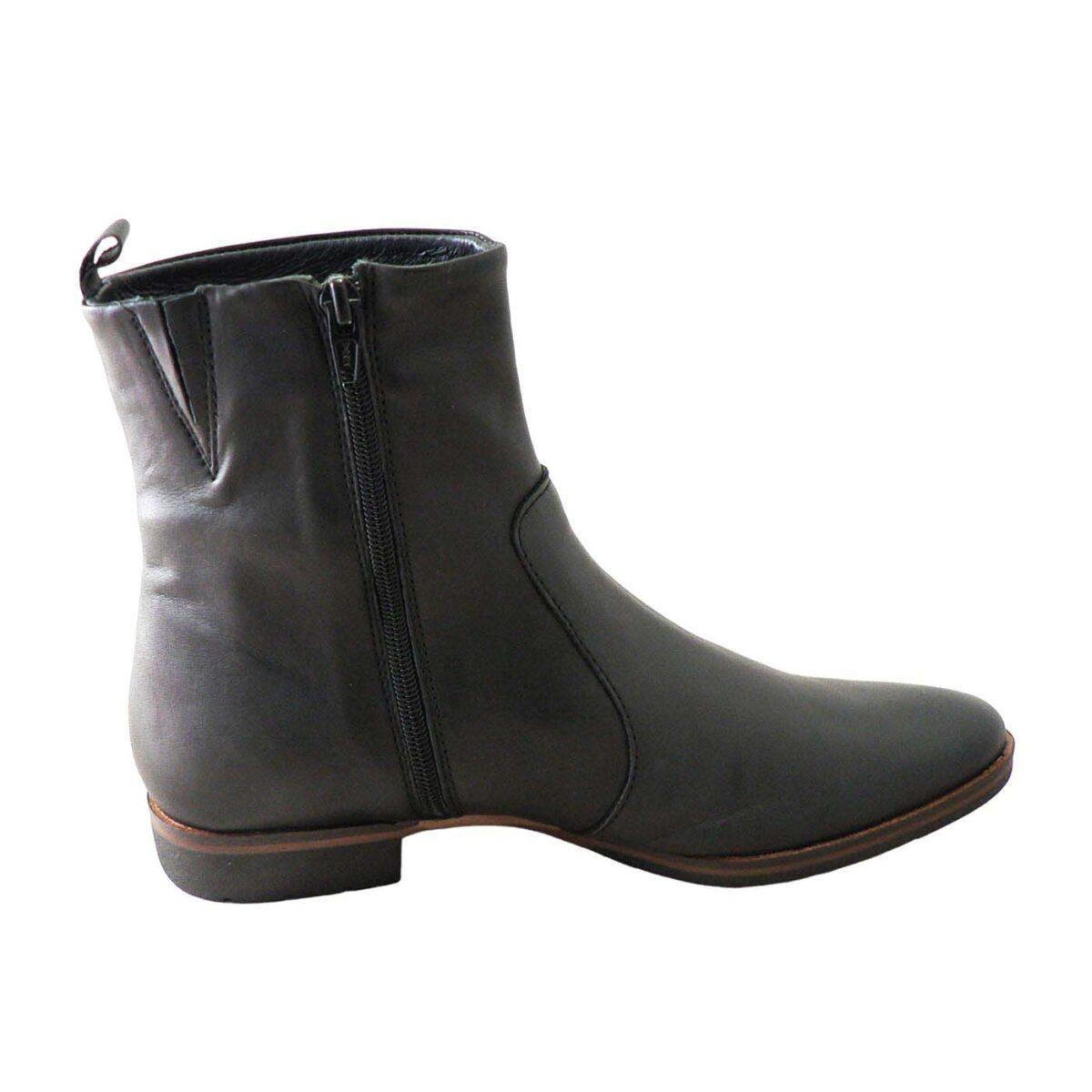 EOS Gada Black Boot